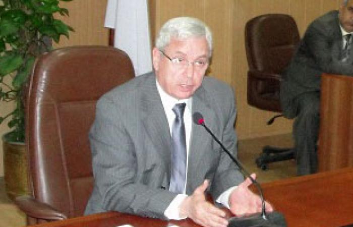 رئيس جامعة المنصورة يتفقد حريق مستشفى الأطفال