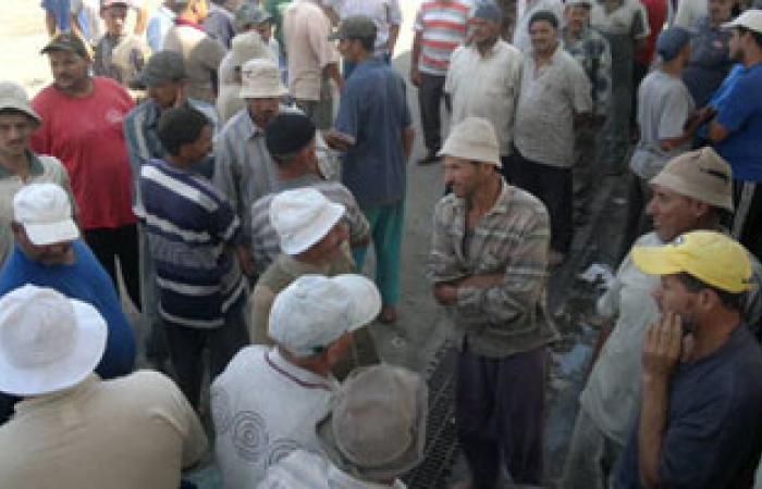 إضراب مئات الصيادين عن العمل بخليج السويس