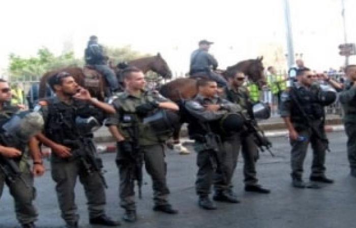 """""""الإعلام بغزة"""":الاحتلال يعتقل 3 صحفيين وأمن الضفة يعتدى على 12 خلال أغسطس"""