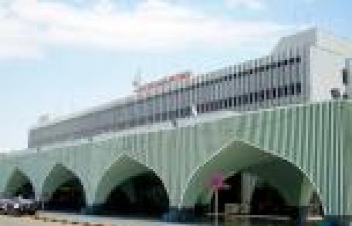 مصادر ملاحية ليبية: مسلحون اقتحموا مطار طرابلس الدولي