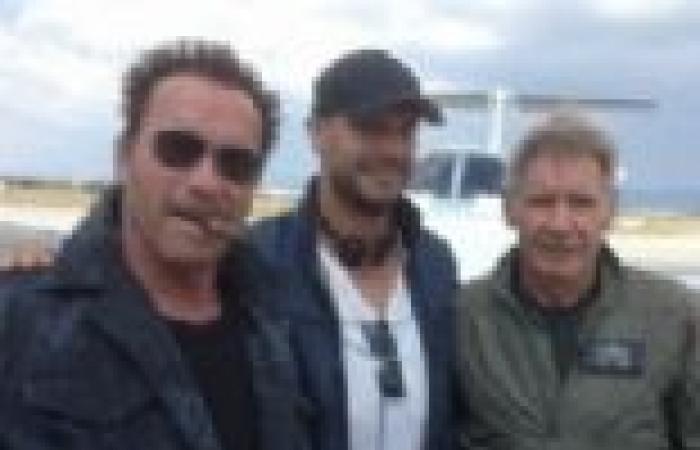 هاريسون فورد وشوارزنيجر يظهران معا في أول صورة من The Expendables 3