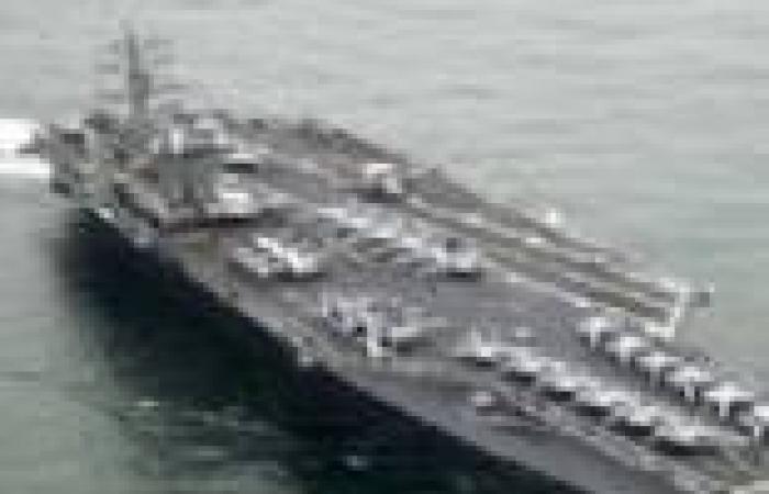 """حاملة الطائرات الأمريكية """"نيميتز"""" تدخل مياه البحر الأحمر"""