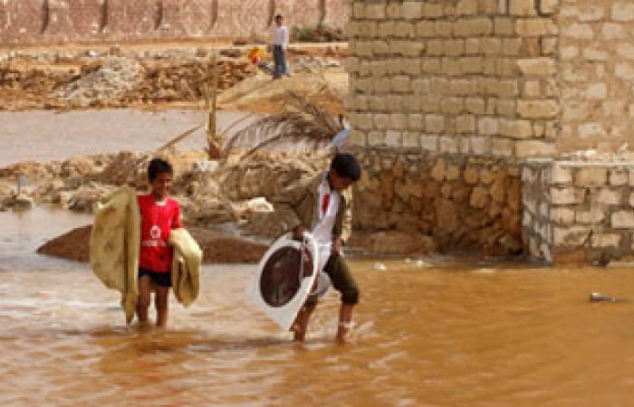 تواصل الجسر الجوى الكويتى لمساعدة متضررى السيول بالسودان