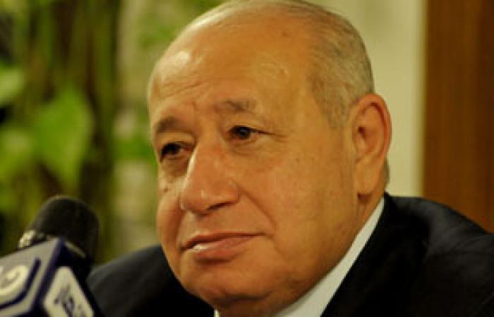 بدء جولة وزير التموين على منافذ بيع السلع المدعمة بالمنيل
