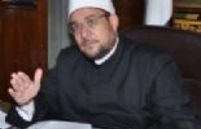«النور» يطالب وزير الأوقاف بحل أزمة منع غير الأزهريين من اعتلاء المنابر
