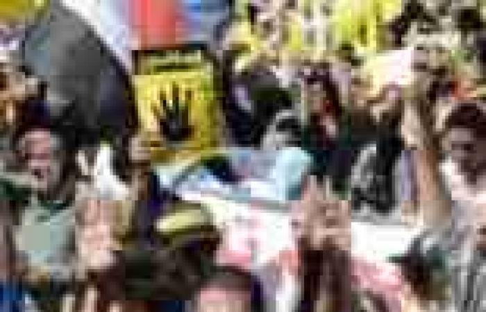 """يوم دارسي """"مضطرب"""" بالمنيا.. تظاهرات لمؤيدي المعزول.. و""""التعليم"""": سنواجه التظاهرة بشدة"""