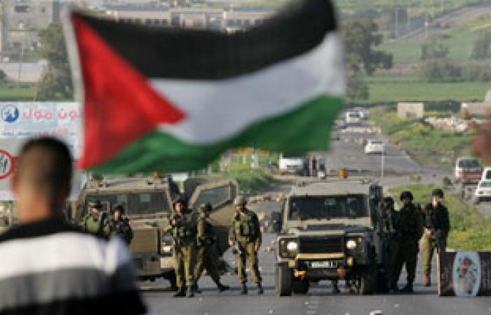 الاحتلال الإسرائيلى يستولى على منزل فلسطينى بالخليل ويحوله لثكنة عسكرية