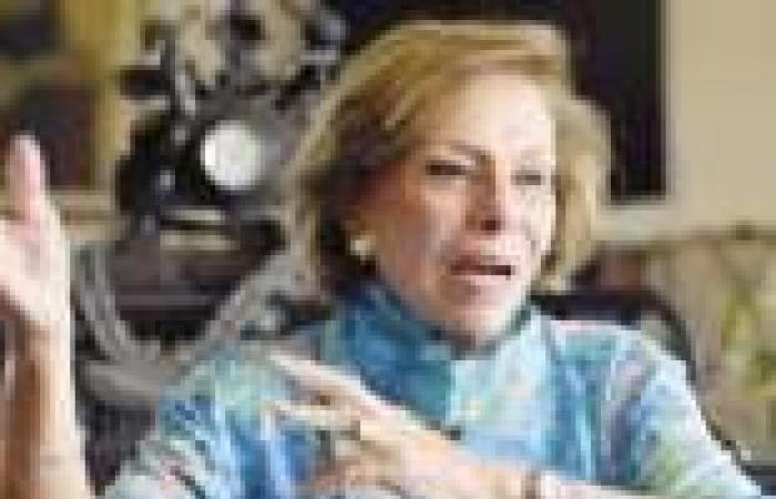 """""""الخمسين"""" تخصص جلسة استماع للمرأة المعيلة والمعاقة والمهمشة"""