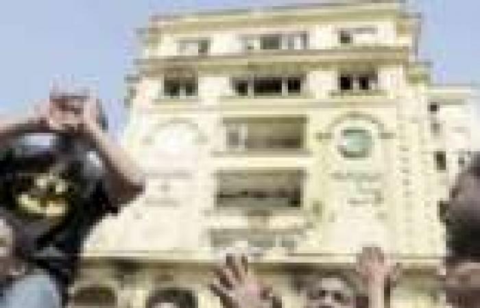 حظر «الإخوان» يشمل «اتحاد القرضاوى وهيئة الشاطر وشورى العلماء والسنة المحمدية»