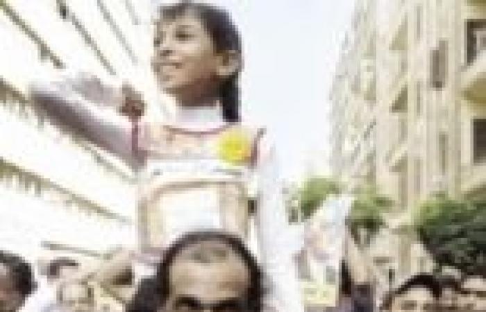 مدرسة تُلزم طالباتها بارتداء الحجاب فى البرلس.. وتهددهن: «اللى مش عاجبه يحوّل»