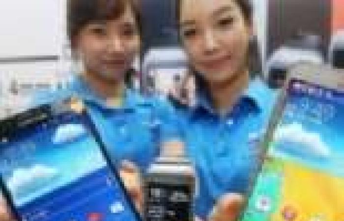 """سامسونج تحتفل بإطلاق """"galaxy note 3"""" في العاصمة الكورية """"سول"""""""