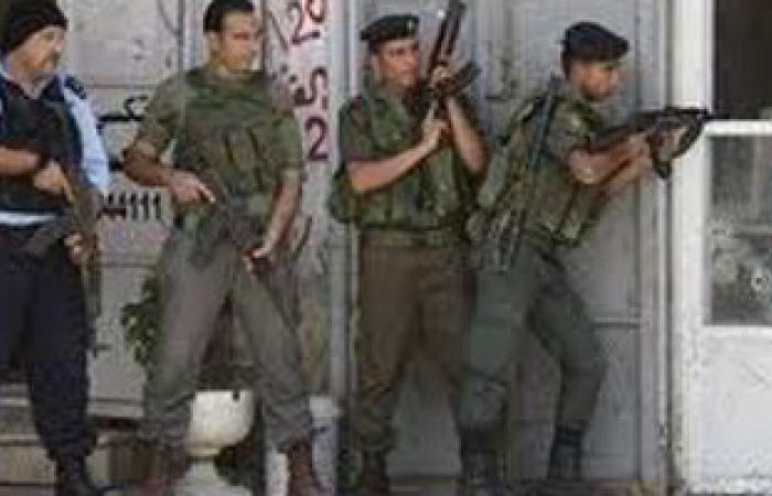 عرض عسكرى لقوات الأمن الوطنى بغزة
