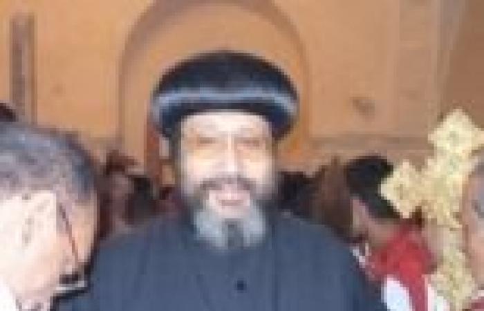 اشتباكات داخل الكاتدرائية بين الأمن ومتظاهرين ضد الأنبا أرميا