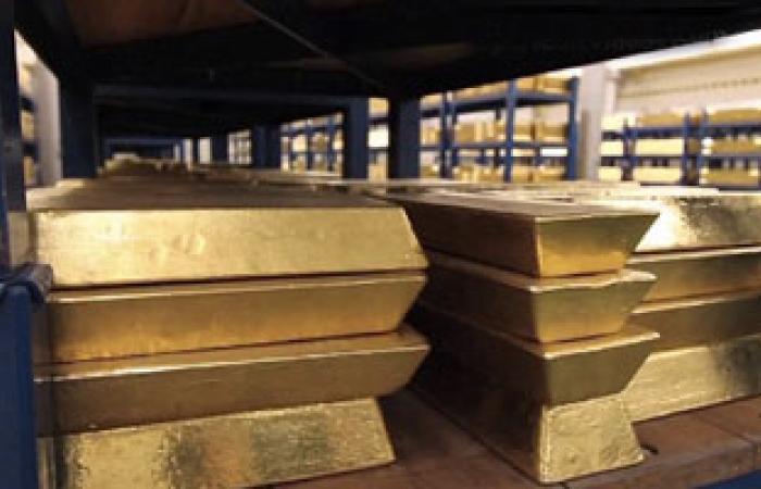 الذهب العالمى يرتفع وسط غموض مستمر للتحفيز النقدى الأمريكى