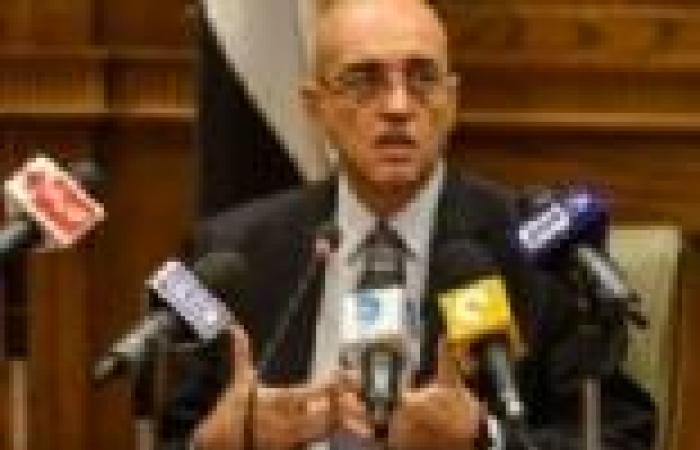 سلماوي: هناك متغيرات على المواد الخاصة بالقوات المسلحة.. ولم يتم التوصل للشكل النهائي