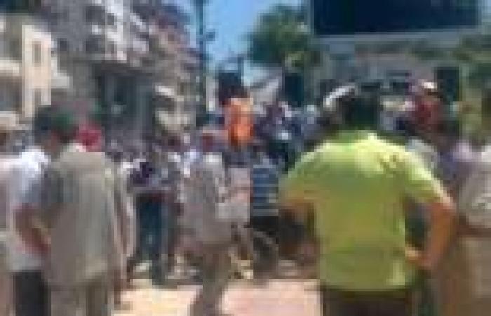 """الأهالي يسلمون 6 """"إخوان"""" للشرطة بعد اشتباكات معهم في دمياط"""
