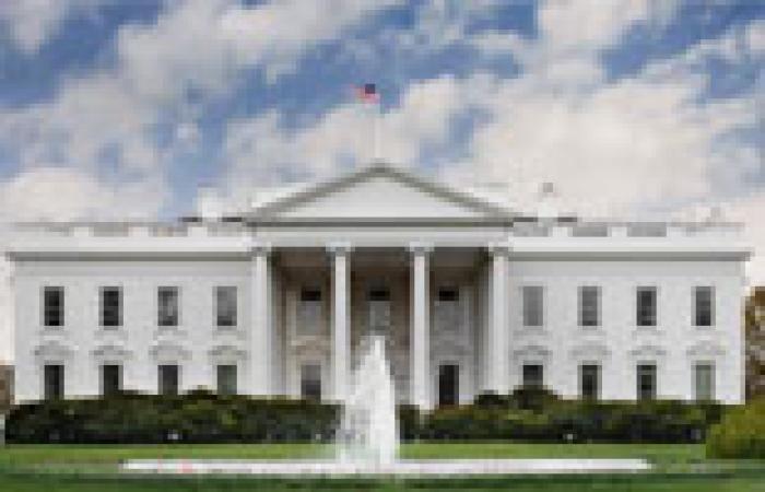 فصل مسؤول بالبيت الأبيض بسبب تغريدات مسيئة لشخصيات عامة