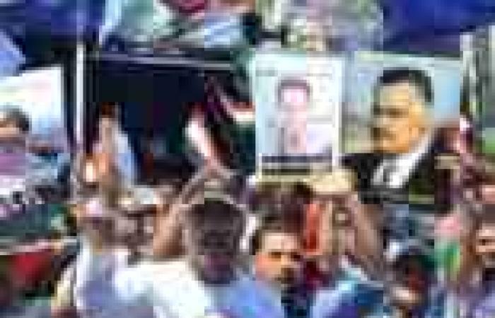 """صور """"السيسي رئيسا"""" تنتشر في غرب الإسكندرية.. و""""ميثاق"""" تطالبه بالترشح"""