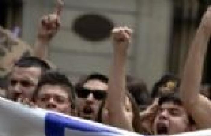 """آلاف الأسبان يتظاهرون احتجاجا على إلغاء مبدأ باروت.. ومظاهرات في موسكو ضد سياسة """"بوتين"""""""
