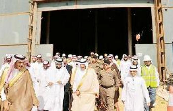 أمير الباحة يتفقد خزان المياه الاستراتيجي