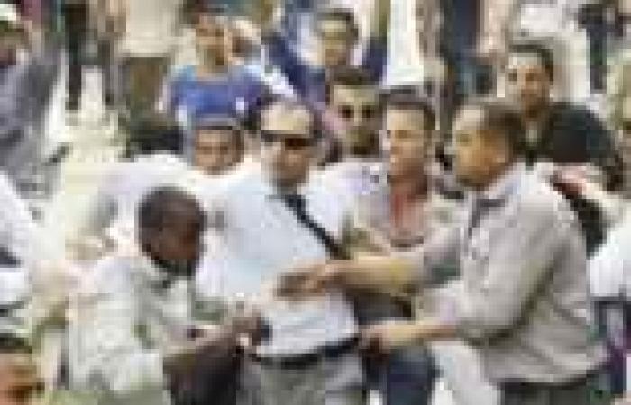 «إرهاب الإخوان فى الجامعات»: إصابة عشرات الطلاب وأفراد الأمن فى اشتباكات بـ«الخرطوش والعصى»