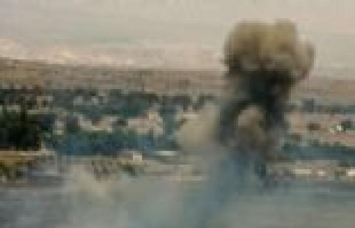 انفجارات في قاعدة للدفاع الجوي في اللاذقية غرب سوريا