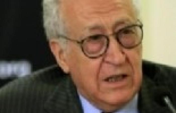 """الإبراهيمي: """"جنيف 2"""" لن يعقد في حالة رفض المعارضة المشاركة فيه"""