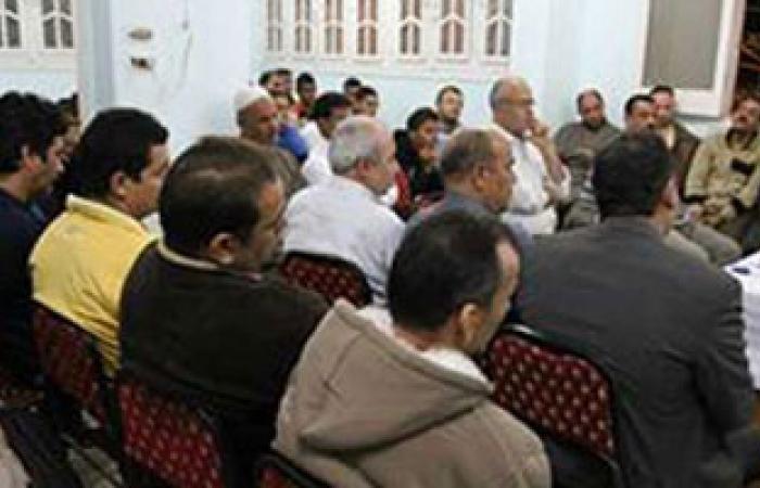 """""""المصرى الديمقراطى"""" يستطلع آراء قرية بالشرقية حول الدستور والانتخابات"""