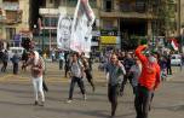 اشتباكات بين مؤيدي «السيسي» ومتظاهرين في «التحرير»