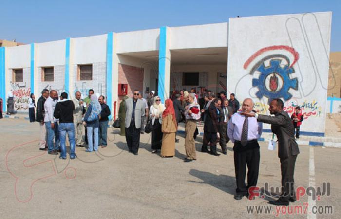 بالصور.. مدرسة ذوى احتياجات بالسويس تنظم احتفالية اليوم العالمى للصم