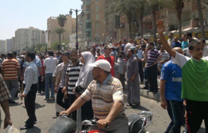 تصاعد الاشتباكات بين الأهالى والإخوان بالسويس وسماع دوى طلقات نارية