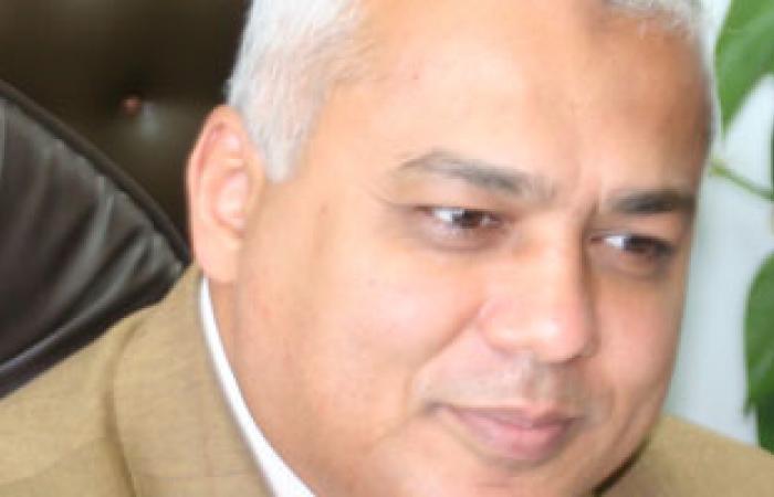 وزير الرى لموظفى الوادى الجديد: نسعى لتطبيق العدالة الاجتماعية