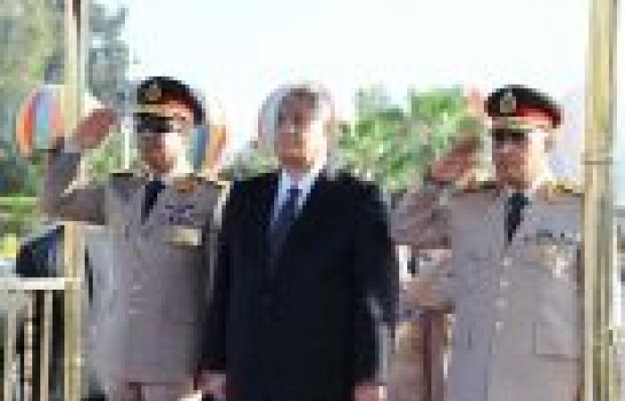 القوات المسلحة تهنئ رئيس الجمهورية بذكرى المولد النبوي الشريف