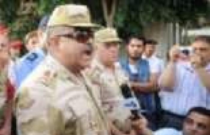 """الدمايطة يستقبلون قائد الجيش الثاني بحفاوة.. ويطالبون بترشح """"السيسي"""" للرئاسة"""
