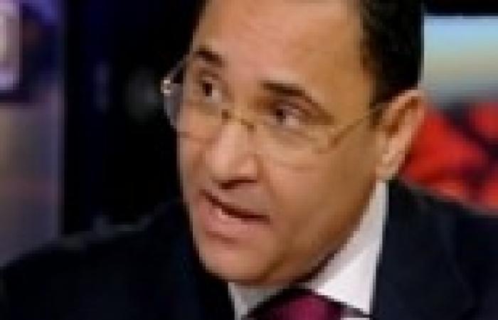 """عبد الرحيم علي يذيع مكالمة مسربة بين مهدي عاكف وقيادي بـ""""حماس"""" أثناء ثورة يناير"""