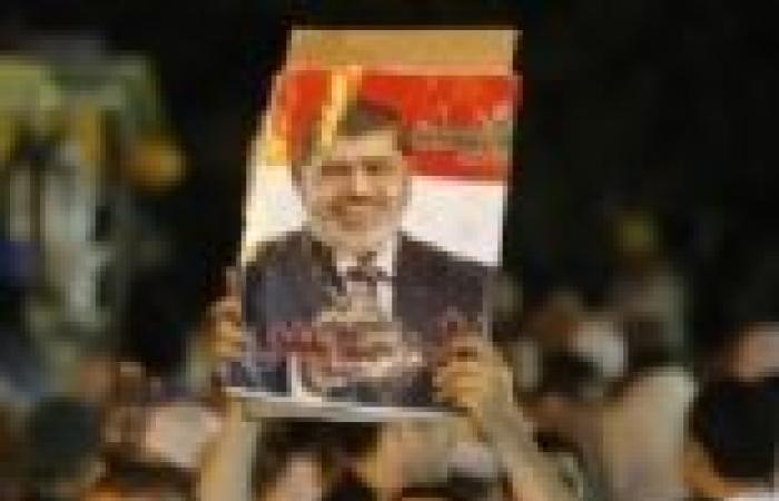 الإخوان بالشرقية يستغلون انقطاع الكهرباء للترويج ضد السيسي.. والأهالي يردون: نوره كفاية