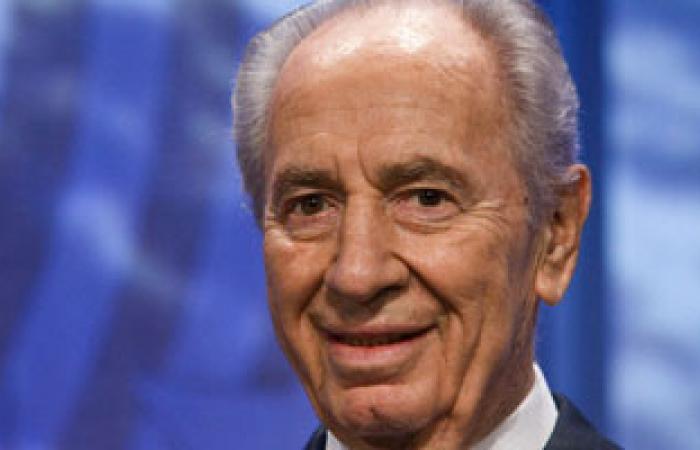 """صحيفة إسرائيلية: بيريز يرى تمسك نتانياهو بـ""""يهودية إسرائيل"""" أمر غير ضرورى"""