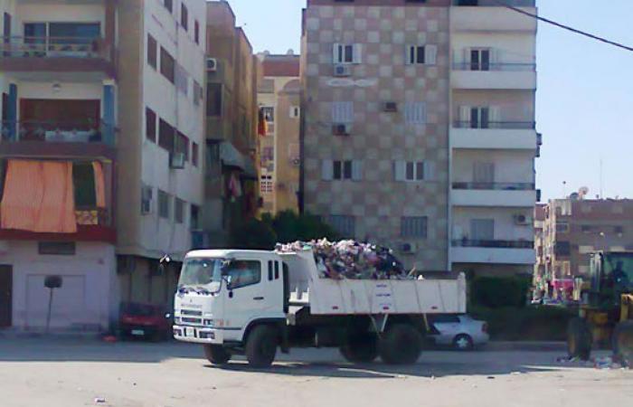 مركز الإسماعيلية يواصل حملة النظافة لتشمل القرى