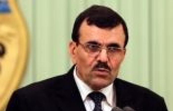 إذاعة تونسية: رئيس الوزراء المُكلف تعهد بحل رابطات حماية الثورة