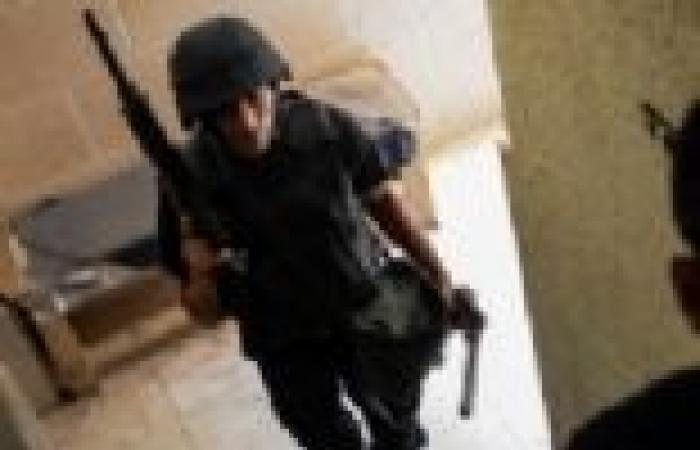 بالأسماء.. ضبط 11 بتهمة الاعتداء على الشرطة والانتماء لجماعة إرهابية