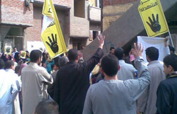 عناصر الإخوان يجوبون شوارع المطرية