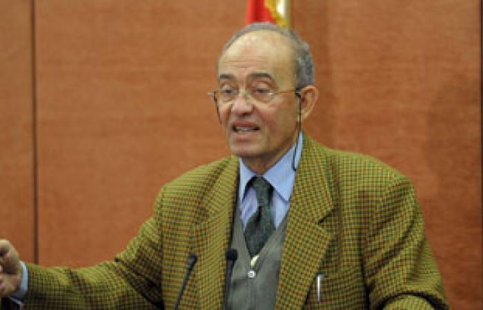 وزير التضامن يبحث تفعيل أنشطة مؤسسة الحج