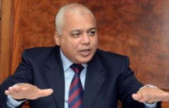 وزير الرى يقرر ترقية ونقل 14 من قيادات الوزارة
