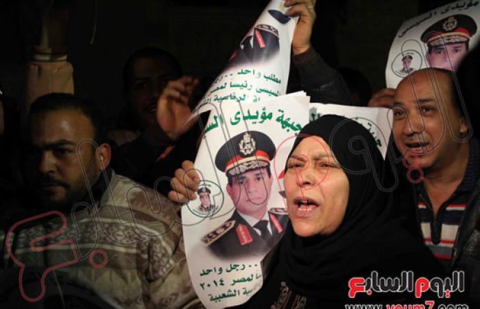 """""""طاهر وسلماوى والشوباشى"""" ينضمون لوقفة الفنانين أمام المتحف الإسلامى"""
