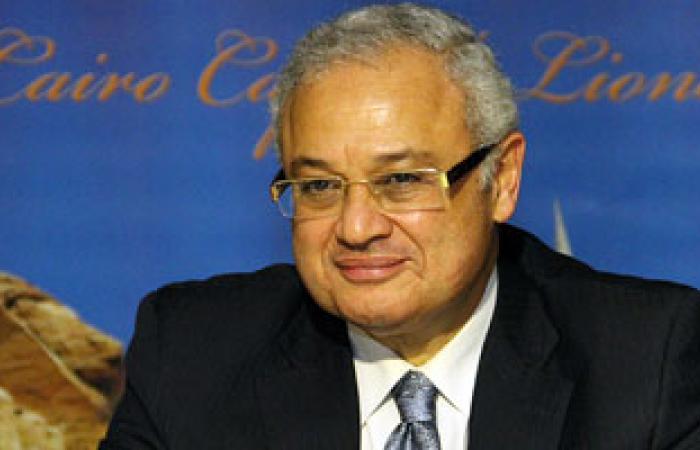 وزير السياحة يشهد اتفاق مصرى إيطالى لتحويل الجونة للتعادل الكربونى