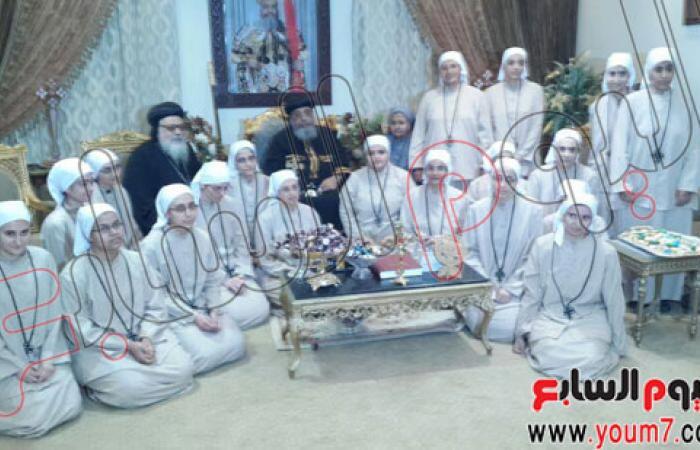 أسقف ملوى يهنئ البابا تواضروس بعيد القيامة فى دير الأنبا بيشوى