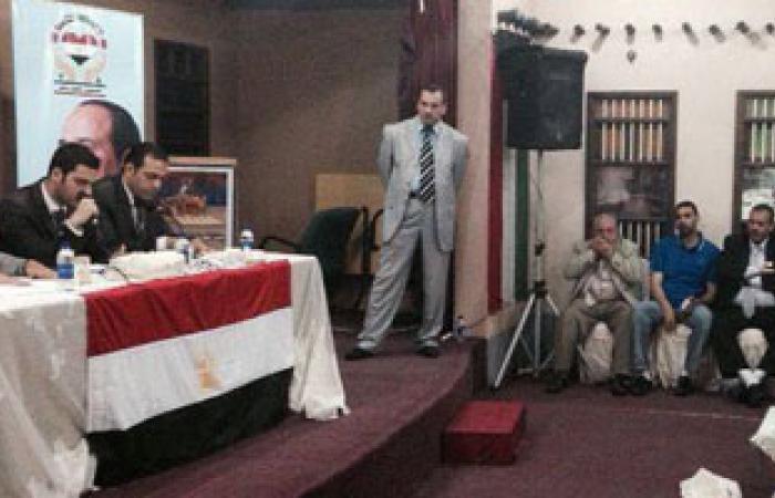 """محمد بدران يلتقى الجالية المصرية بالكويت وينقل تحيات """"السيسى"""" لهم"""
