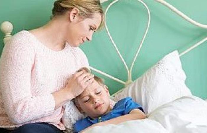 مع تغيرات الجو..لو ابنك تعبان اوعى تكرر العلاج من غير ما ترجع للطبيب