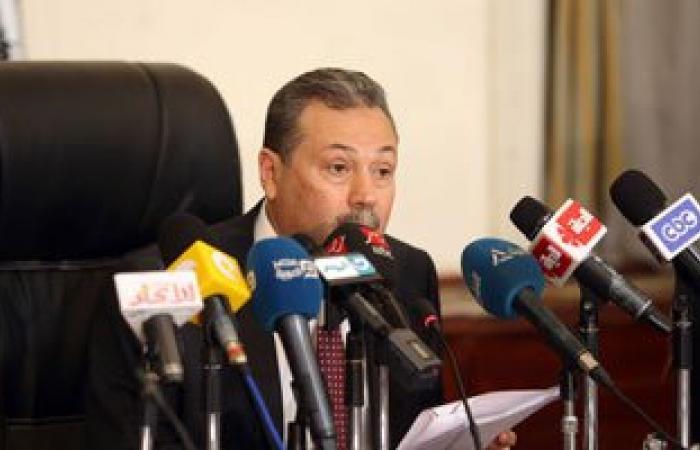 وزير التعليم: عصا خاصة للكشف عن الموبايلات فى لجان الامتحانات