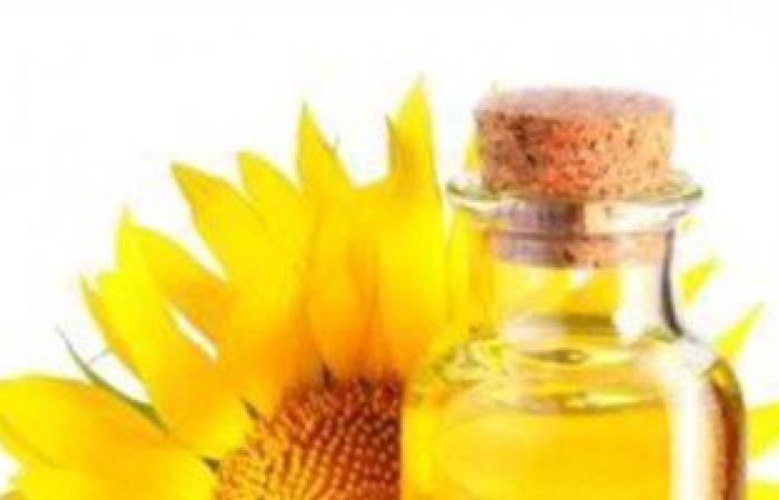 4 أضرار للطهى بزيوت عباد الشمس والذرة أهمها ضعف المناعة والإصابة بالأورام